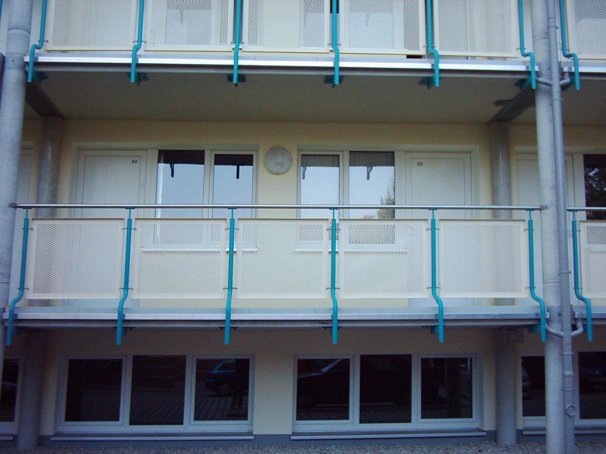 Balkonanlage eines Hochhauses